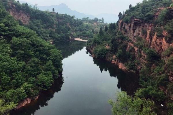 伏羲山大峡谷自驾游